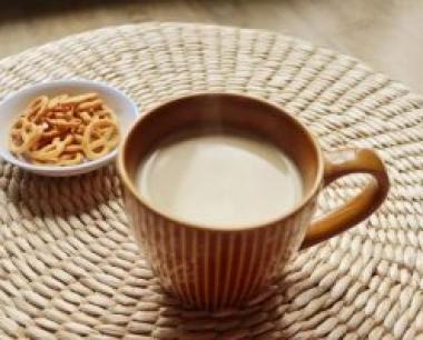奶茶品牌是怎么立足于市场的?